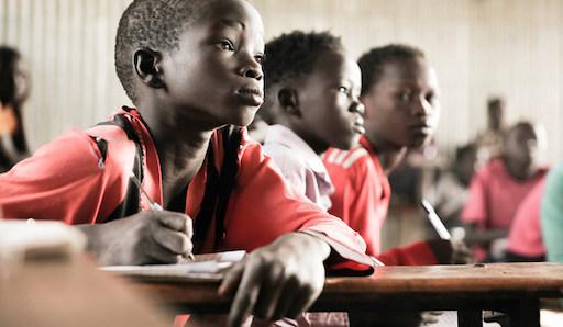 A UNESCO defende e promove a diversidade lingüística na educación